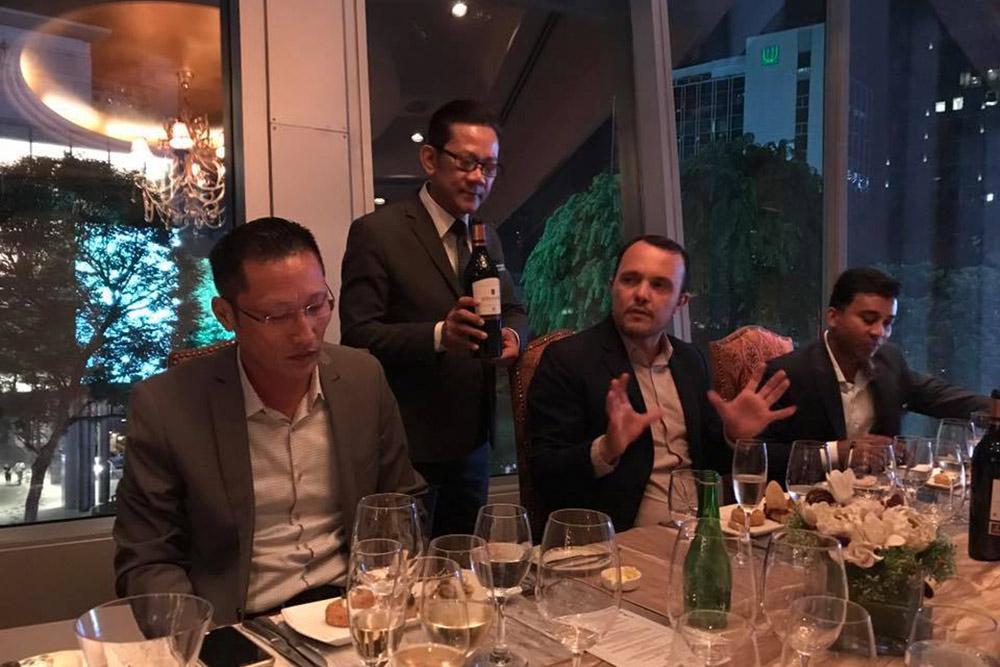 gallery-wine-dinner-main